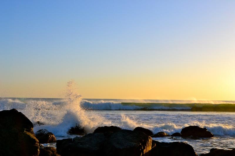Coronado Island Waves
