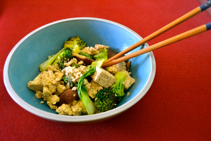 some whacky bok choy tofu I made... tasted like shit. lol but was beautiful to photograph!